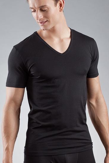 Abbildung zu Shirt, V-Ausschnitt (46007) der Marke Mey Herrenwäsche aus der Serie Dry Cotton