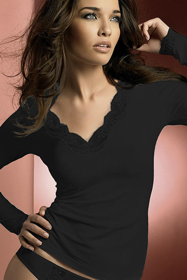 Abbildung zu Shirt, langarm (ENA2006) der Marke Antigel aus der Serie Simply Perfect Loungewear