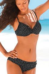 schicke bikinis f r gro e gr en in cup e. Black Bedroom Furniture Sets. Home Design Ideas