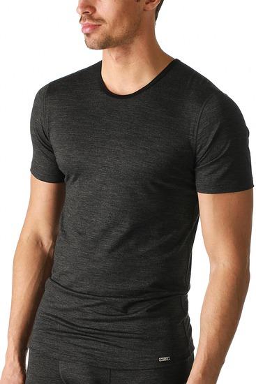 Abbildung zu Active-Shirt (49802) der Marke Mey aus der Serie Techno Wool
