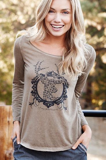Abbildung zu Longsleeve Shirt (858015WH) der Marke Jockey aus der Serie Woman Loungewear