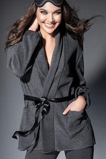 Abbildung zu Kuscheljacke (ENA6206) der Marke Antigel aus der Serie Simply Perfect Loungewear