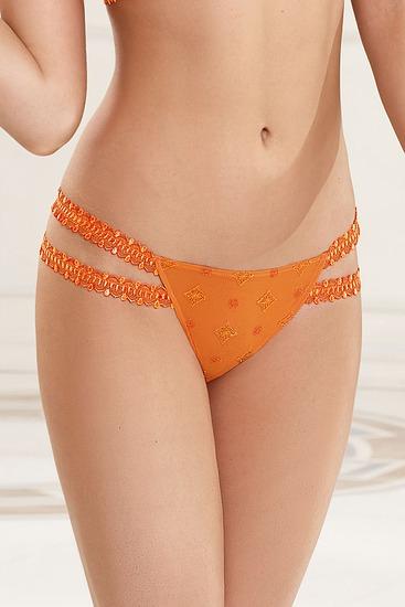 Abbildung zu Sexy String Luxe (ACC0925) der Marke Lise Charmel aus der Serie Princesse Gothique