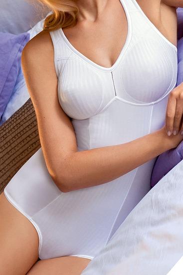 Abbildung zu Body ohne Bügel Cremona (6532) der Marke Susa aus der Serie Modern Basic