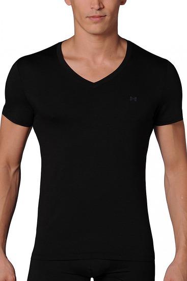 Abbildung zu T-Shirt, V-Ausschnitt (326968) der Marke HOM aus der Serie Modal Sensation