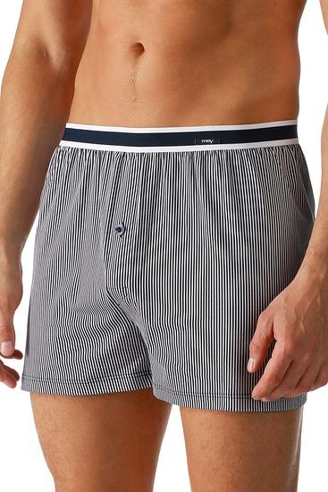 Abbildung zu Boxer-Shorts mit Streifen (61622) der Marke Mey Herrenwäsche aus der Serie Modern Style