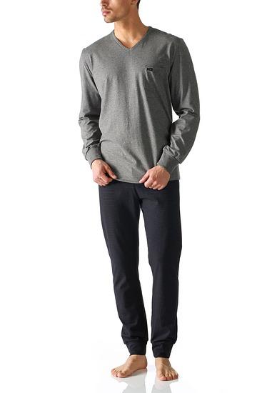 Abbildung zu Pyjama lang, mit Bündchen (24889) der Marke Mey aus der Serie Night Dreams
