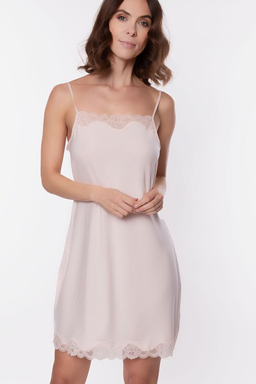 Abbildung zu Nachthemd, Spaghettiträger (ENA1406) der Marke Antigel aus der Serie Simply Perfect Loungewear