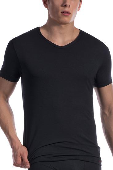 Abbildung zu T-Shirt, V-Neck regular (107418) der Marke Olaf Benz aus der Serie Red 1601