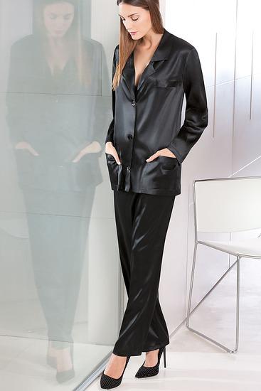 Abbildung zu Pyjama (80203) der Marke Luna aus der Serie Prestige