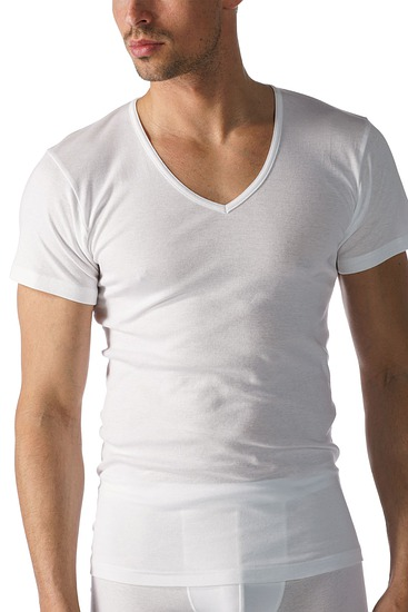 Abbildung zu Shirt, V-Ausschnitt (49007) der Marke Mey aus der Serie Casual Cotton