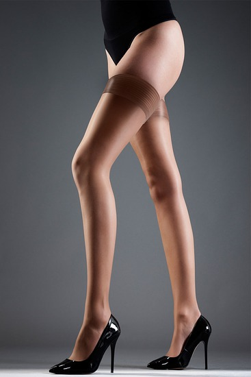 Abbildung zu Hold Ups Plain nude (35037) der Marke Bluebella aus der Serie Hosiery