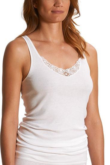Abbildung zu Hemd extra lang mit Guipure-Motiv (25079) der Marke Mey aus der Serie Mey 2000