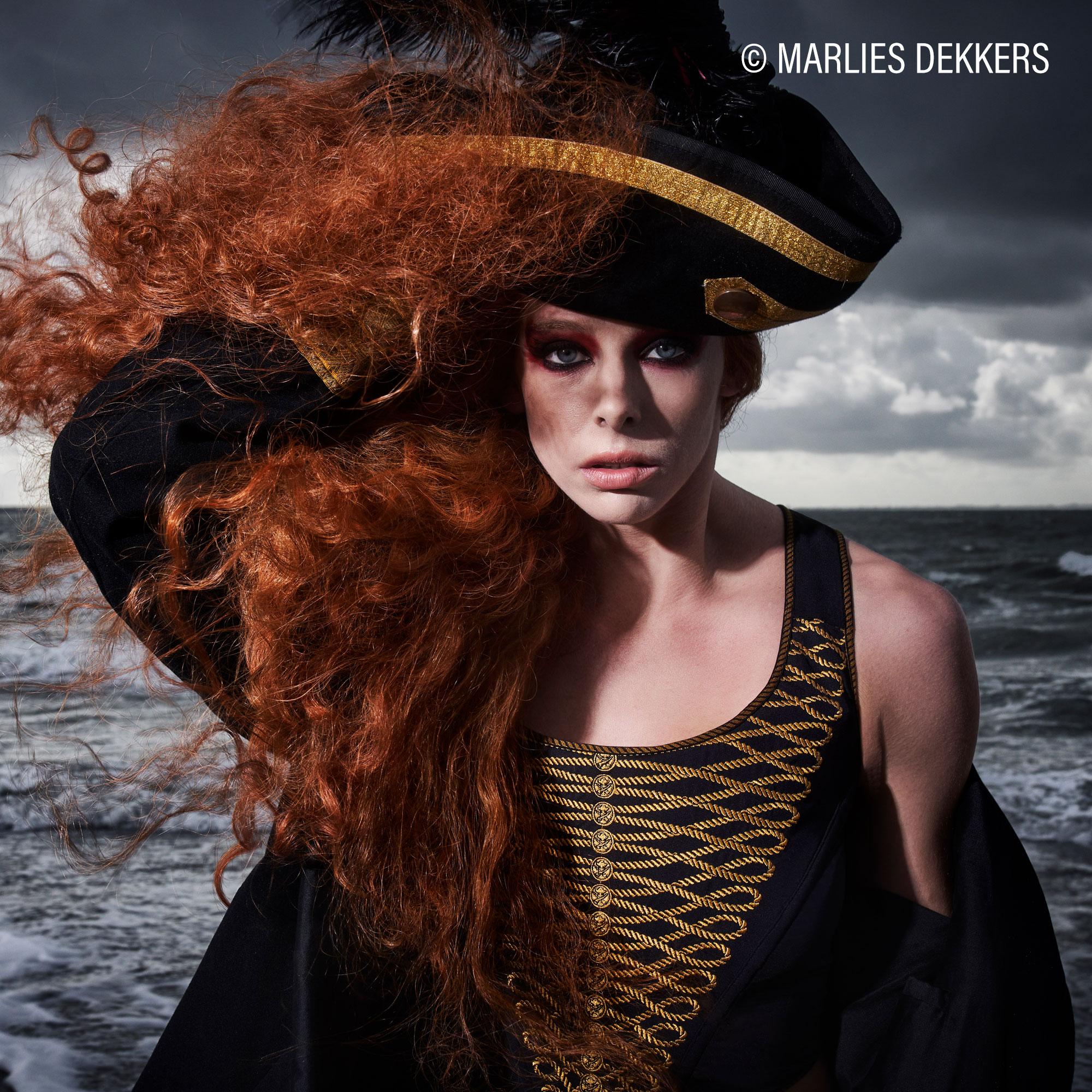 Korsagen von Marlies Dekkers