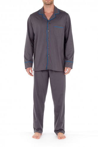 Abbildung zu Pyjama lang Samena (402101) der Marke HOM aus der Serie Sleepwear 2021-1