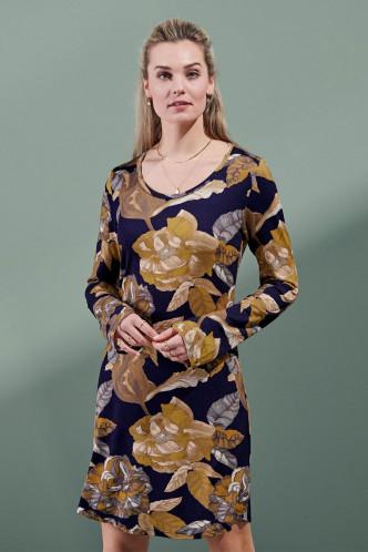 Abbildung zu Elm Gwyneth Nightdress Long Sleeve (401709-328) der Marke ESSENZA aus der Serie Loungewear 2021-2