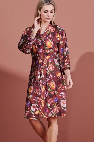 Abbildung zu Sarai Scarlett Kimono (401737-367) der Marke ESSENZA aus der Serie Loungewear 2021-2