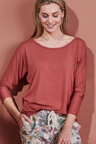 Abbildung zu Donna Uni Top 3/4 Sleeve (401368-3511) der Marke ESSENZA aus der Serie Loungewear 2021-2