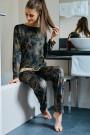 HutschreutherOne 2021Pyjama lang Ornament-Print