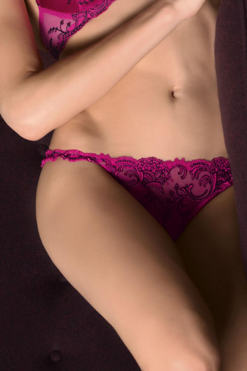 6dd86d76fd Vergrößern Abbildung zu String Sexy (ACC0580) der Marke Lise Charmel aus  der Serie Splendeur Soie ...